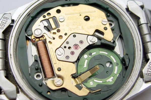 1122c3bcf63423 Orologio al quarzo e automatico: quali sono le differenze?
